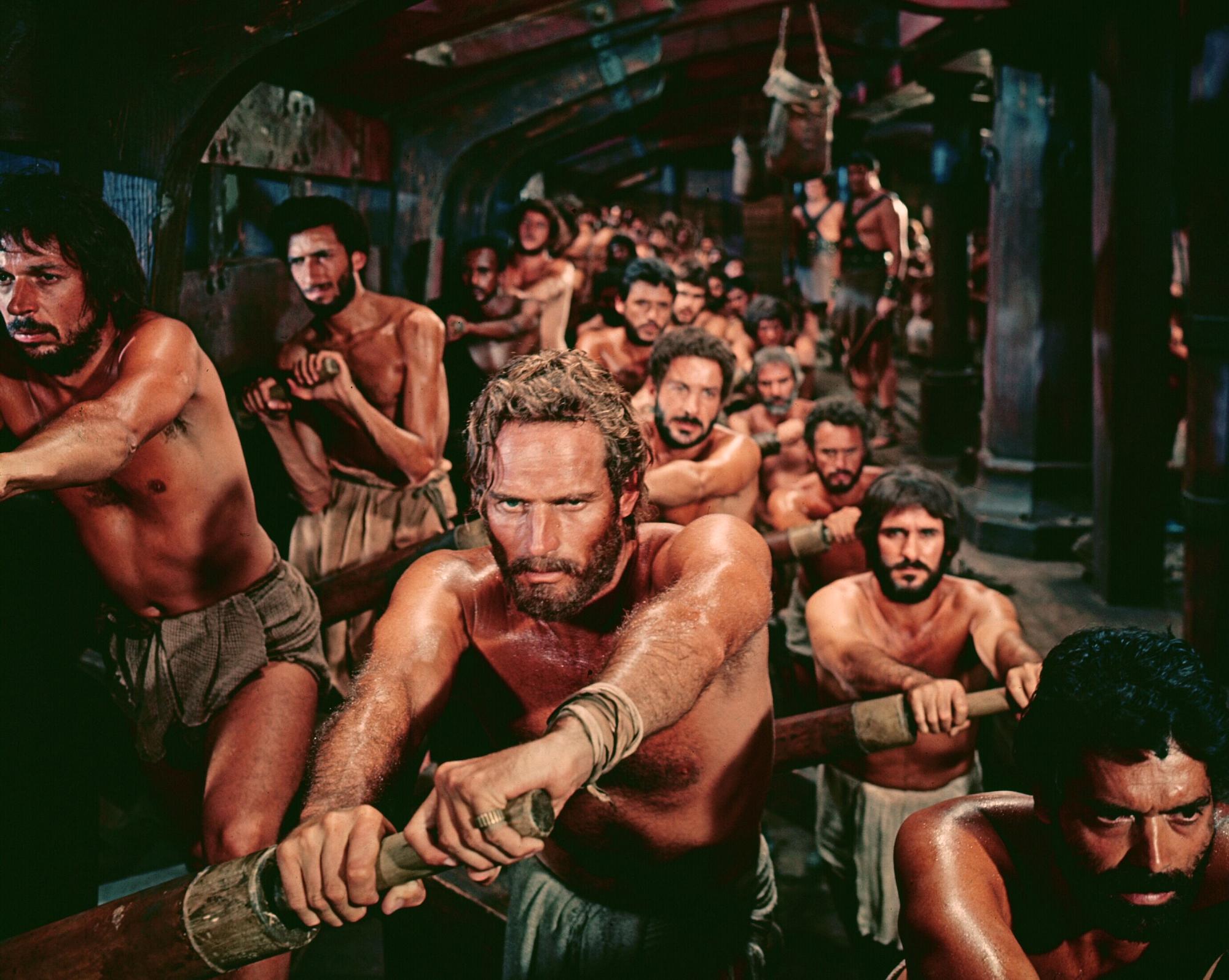 Смотреть онлайн рабыни по неволе 14 фотография
